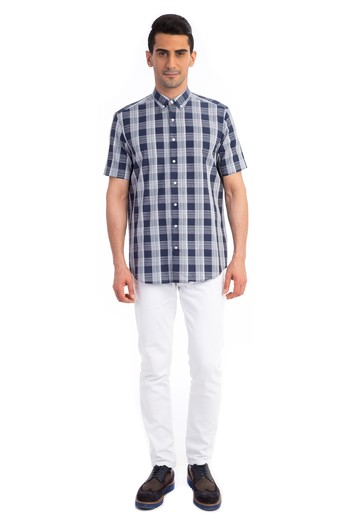Erkek Giyim - Kısa Kol Desenli Gömlek