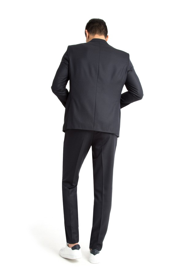 Kuşgözü Takım Elbise