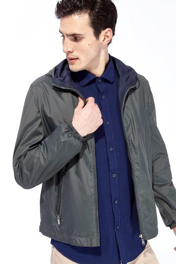 Erkek Giyim - Kapüşonlu Mont / Yağmurluk