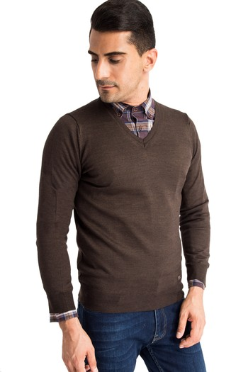 Erkek Giyim - V Yaka Yünlü Triko Kazak