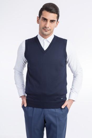 Erkek Giyim - V Yaka Yünlü Süveter