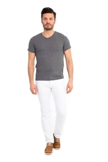 Erkek Giyim - V Yaka Tişört
