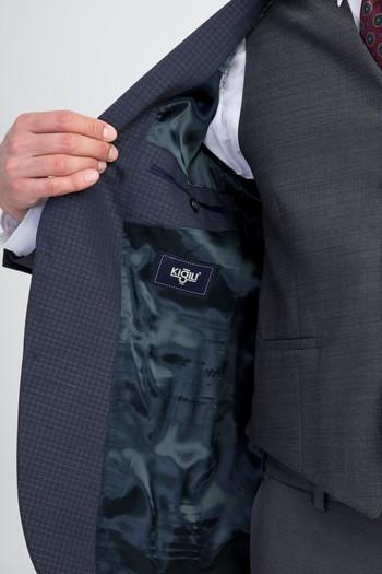 Erkek Giyim - Yelekli Kombinli Takım Elbise