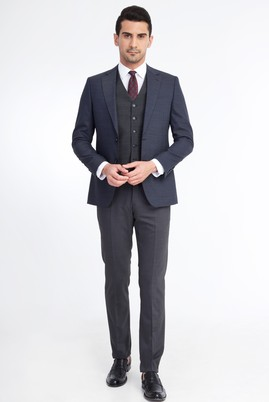 Erkek Giyim - Füme Gri 58 Beden Yelekli Kombinli Takım Elbise