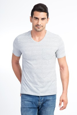 Erkek Giyim - Krem L Beden V Yaka Çizgili Regular Fit Tişört