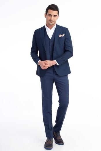 Erkek Giyim - Yelekli Takım Elbise