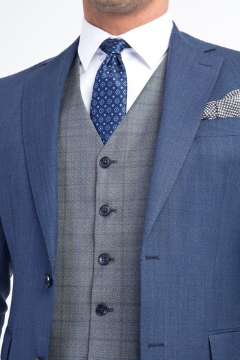 Erkek Giyim - Yelekli Kombinli Kuşgözü Takım Elbise