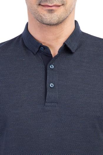 Erkek Giyim - İtalyan Yaka Desenli Slim Fit Tişört