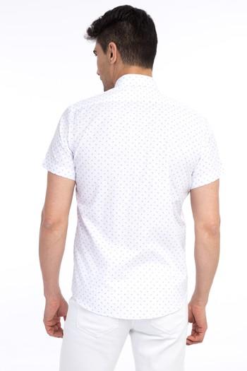 Erkek Giyim - Kısa Kol Slim Fit Baskılı Gömlek
