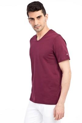 Erkek Giyim - Bordo M Beden V Yaka Nakışlı Regular Fit Tişört