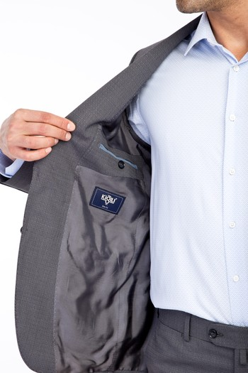 Erkek Giyim - Klasik Desenli Takım Elbise