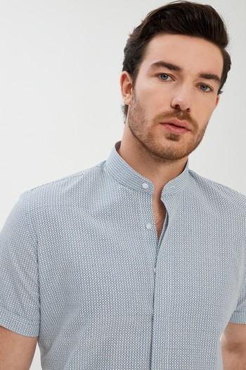 Erkek Giyim - Kısa Kol Slim Fit Desenli Gömlek
