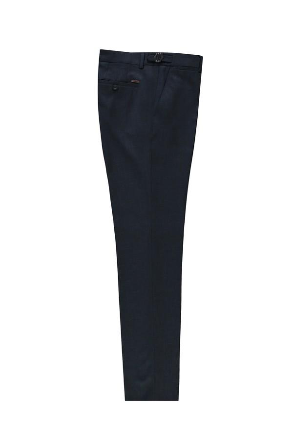 Slim Fit Tokalı Pileli Klasik Pantolon