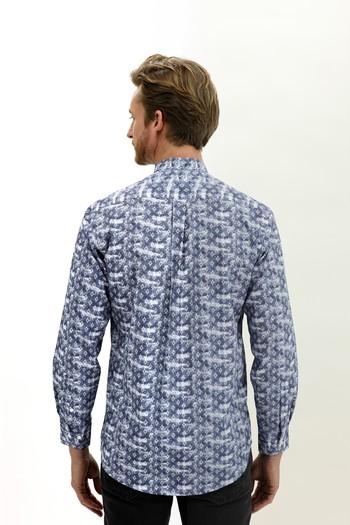 Erkek Giyim - Uzun Kol Hakim Yaka Yarım Pat Regular Fit Desenli Gömlek